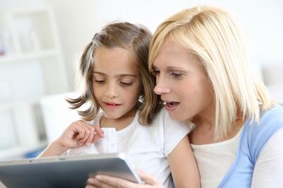 現代ママ必見! 子どもにタブレット機器はどう使わせる?