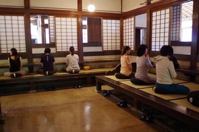 【イベントレポート】1day寺ヨガ体験デトックスツアー ~坐禅と精進料理~