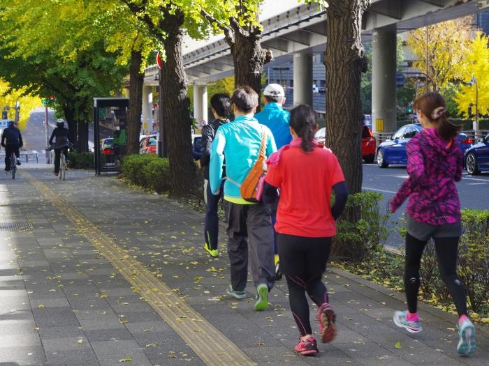 【イベントレポート】皇居ラン&ランナーのためのストレッチ ~自分のバランスを知ろう~
