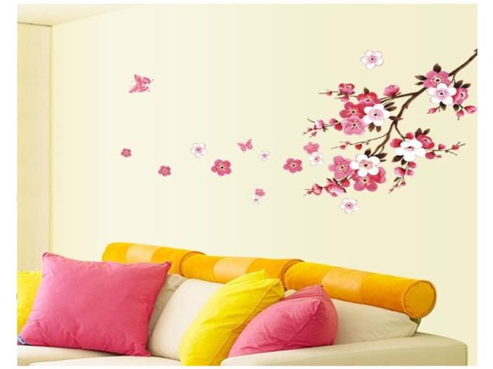 お部屋にも春を。100均アイテムで簡単模様替え♪