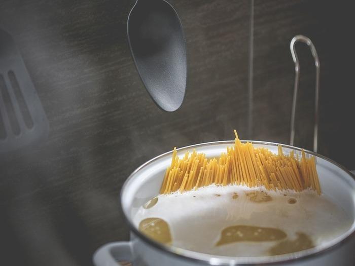 捨てないで!パスタの茹で汁がとっても使える♪