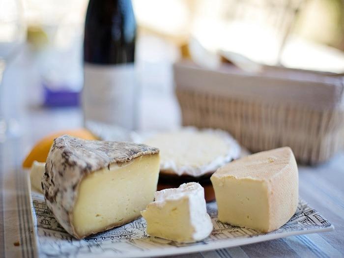 チーズってカロリー高いから・・・。実はダイエット効果があるのはご存じですか?