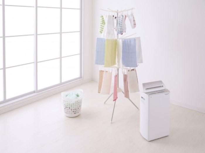 洗濯物が乾きにくい冬に!洗濯物のニオイを防いで早く乾かす方法